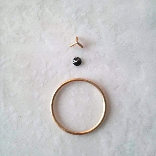 anillo de pedida con diamante negro Migayo