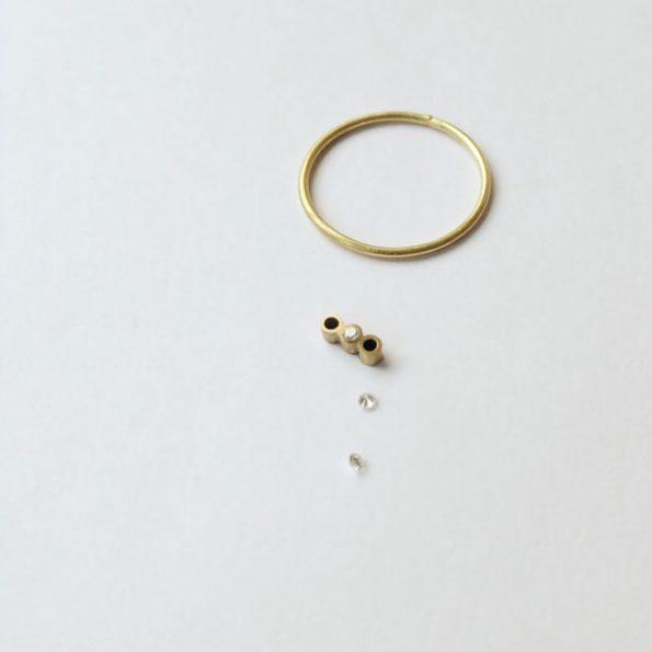 El proceso: Anillo de pedida con tres diamantes alineados. Joyas a medida de Migayo