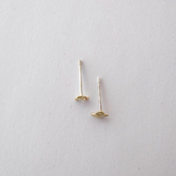 Pendientes de oro con textura Migayo